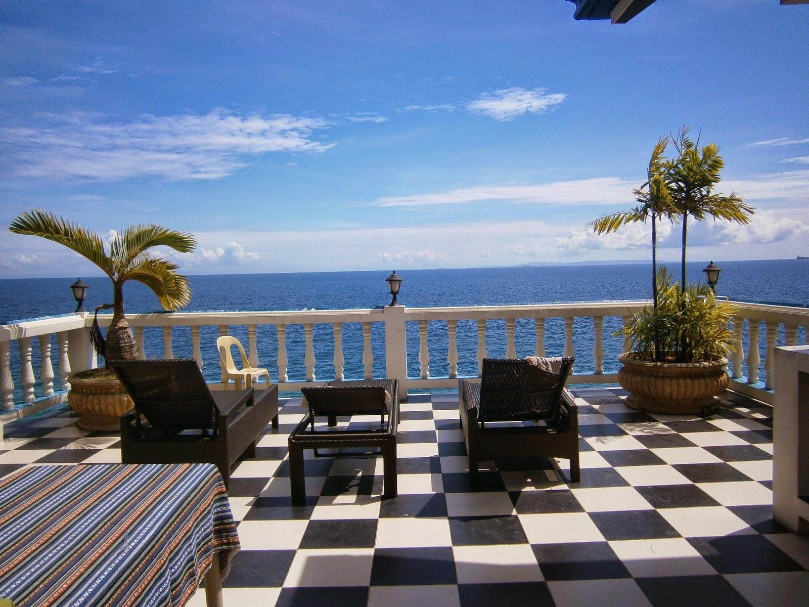 WeirdKim: Agua Villa Resort