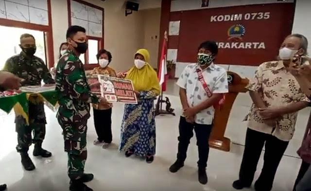 Selesai Direnovasi, Warga Solo Terima Kunci RTLH dari Danrem 074/Warastratama
