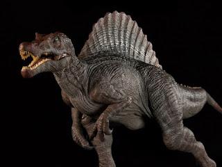 dinosaurus paling menakutkan Spinosaurus