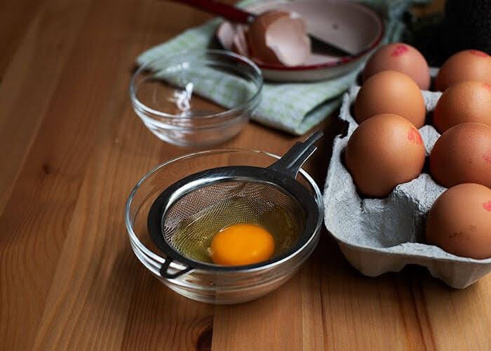 Eggs poach