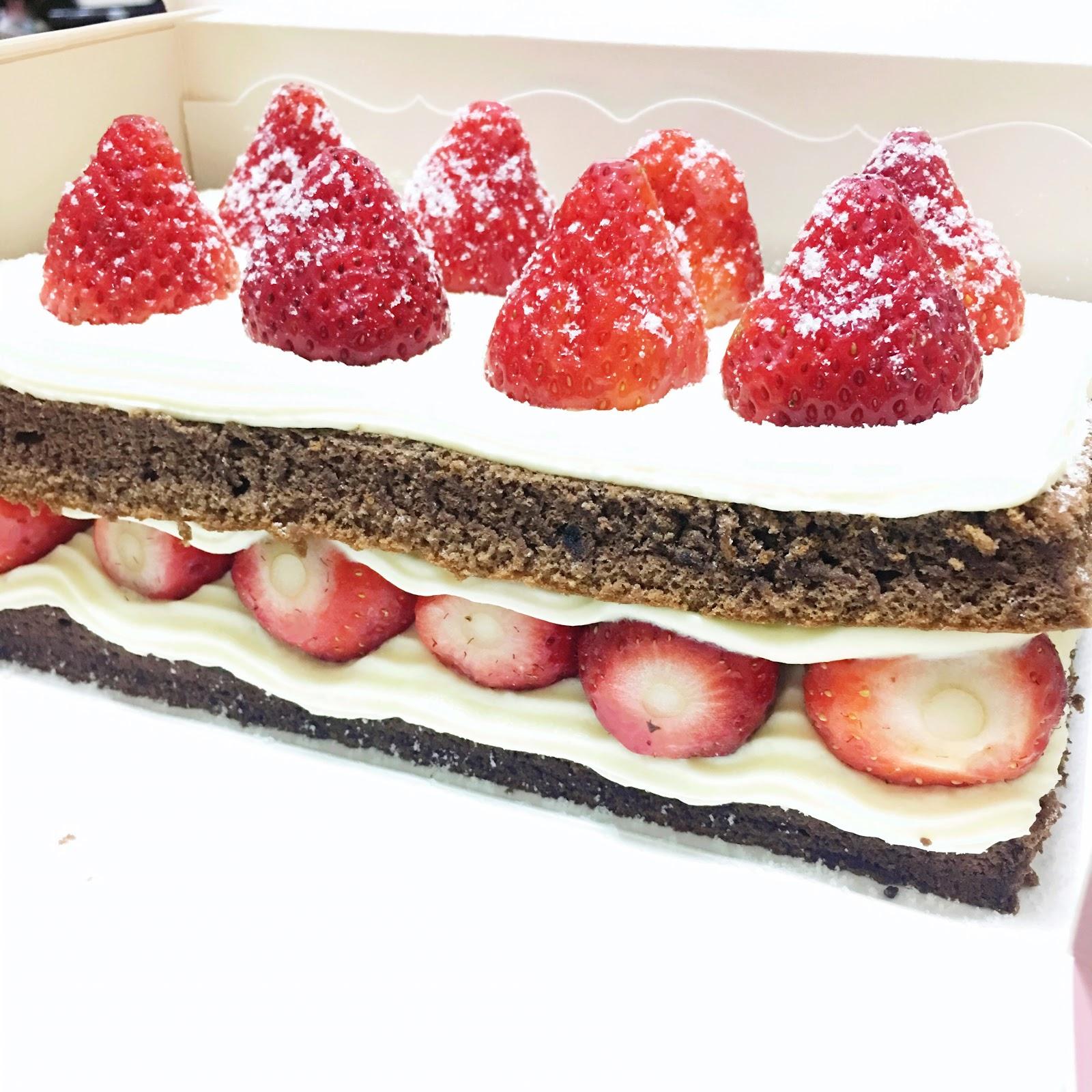 【吃喝】臺北士林甜食|士林宣原蛋糕專賣店-巧克力雙層草莓蛋糕 Strawberry and Chocolate Cake - 呸雞他口貓 ...
