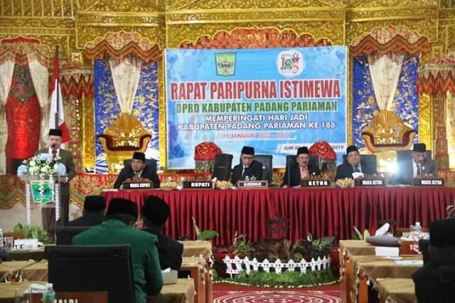 HUT KE-186 Padang Pariaman, Gubernur Apresiasi Bupati Ali Mukhni Membangun Daerah