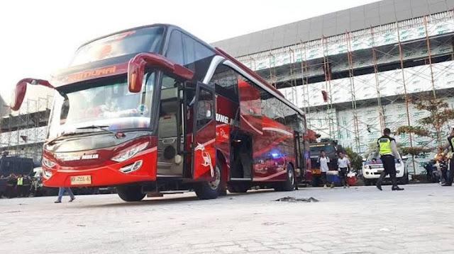bus eksekutif