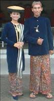 pakaian adat kota kudus yang asli