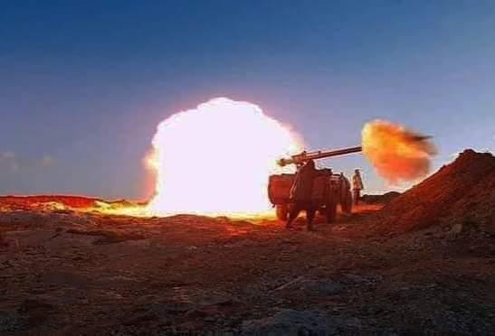 ⭕ Feroces combates en Touizgui, los blindados entran en acción y Marruecos envía refuerzos militares.