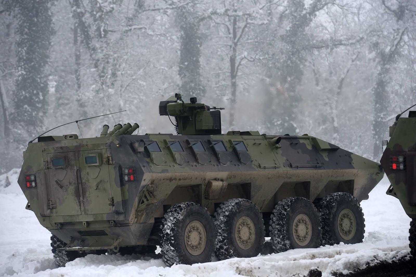 Сербська армія прийняла на озброєння нову колісну бронемашину Lazar 3