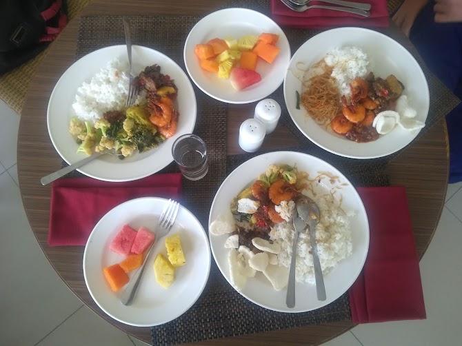 Hotel Bengkulu : Makan siang di Hotel Santika Bengkulu