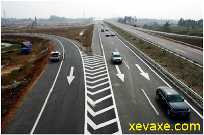 6 bước chuyển làn an toàn trên đường cao tốc