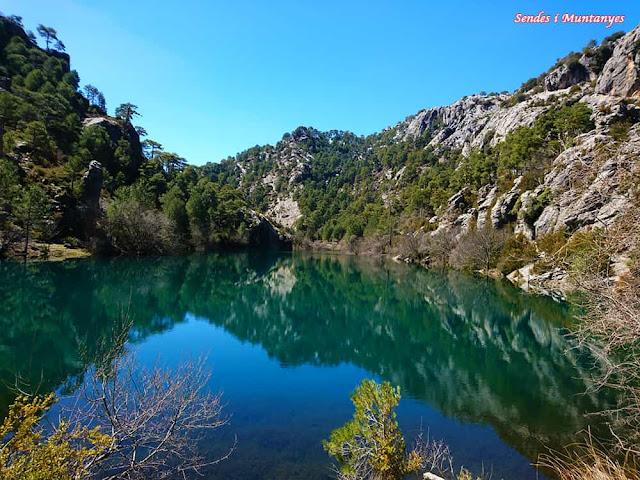 Panorámica laguna negra, Nacimiento río Borosa, Pontones, Sierra de Cazorla, Jaén, Andalucía