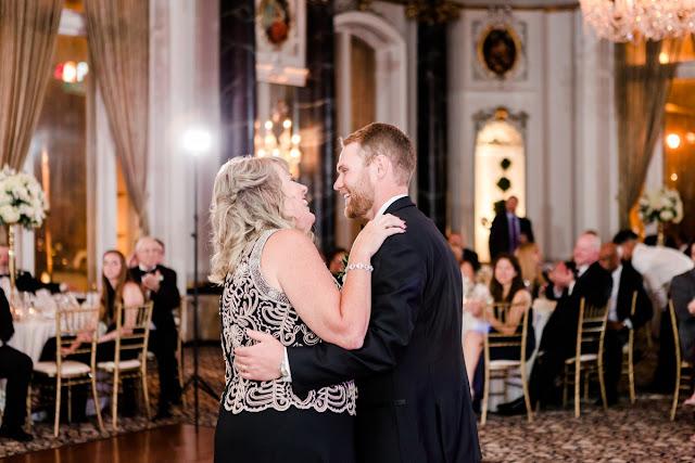 Baltimore Maryland Wedding Photos at The Belvedere Photographed by Maryland Wedding Photographer Heather Ryan Photography