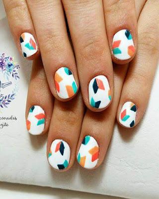 diseño de uñas geométrico tumblr de moda juvenil creativo