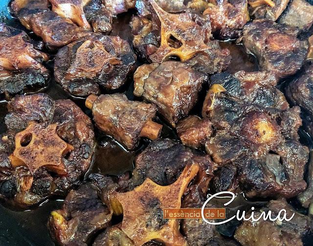Cua-Bou; cuina-casolana; l'essència-de-la-cuina; cua-vedella; Blog de Cuina de la Sònia