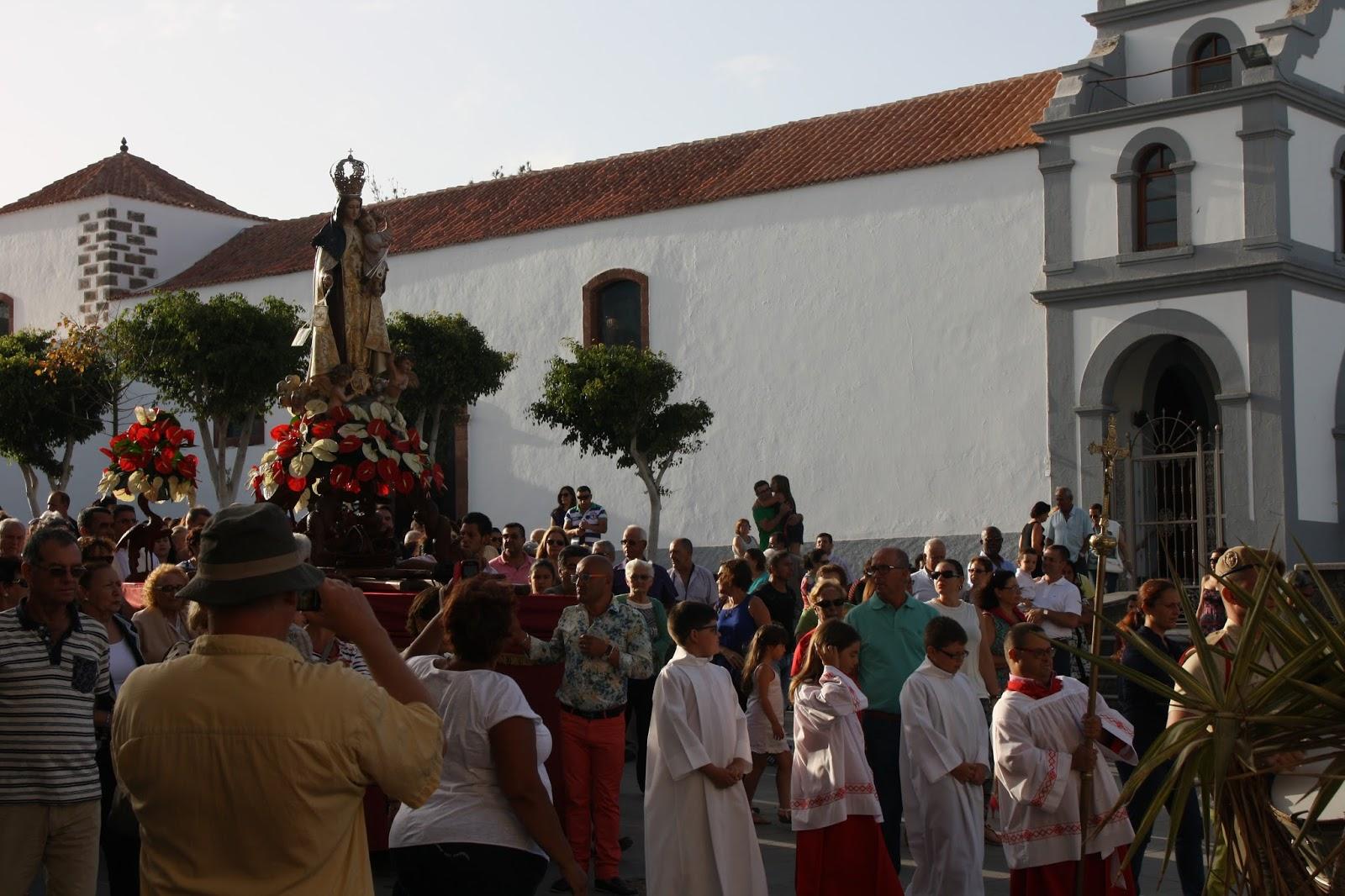Parroquia ntra sra del rosario fiesta virgen del carmen en puerto del rosario - Farmacia guardia puerto del rosario ...