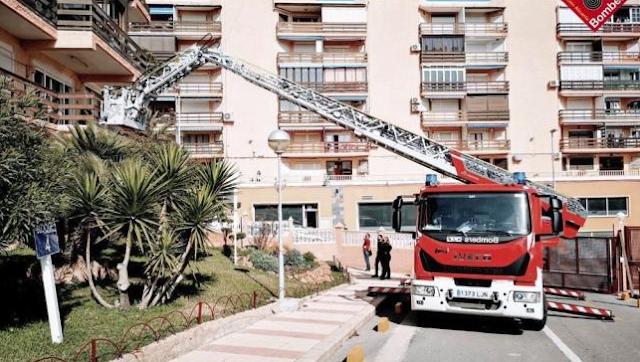 Rescatan a una mujer de 80 años que había quedado atrapada en su domicilio tras una caída