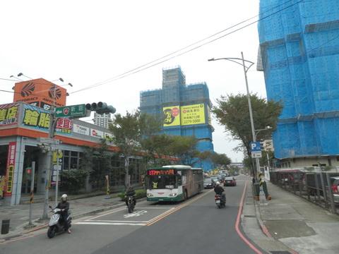 Buslover's 公車紀實記錄本: 20190104 813 中和-五股 搭乘記錄