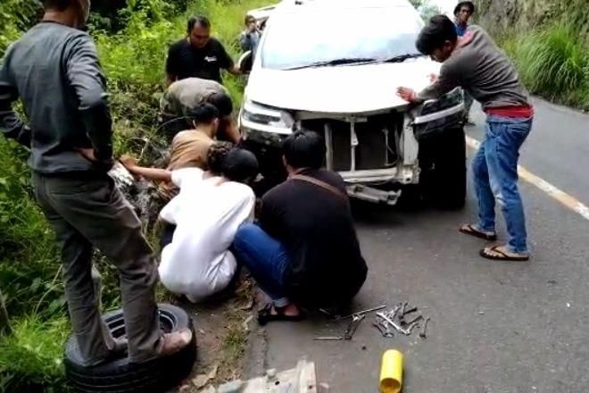 Mobil Avanza Tabrak Tebing di Bone, Korban Selamat
