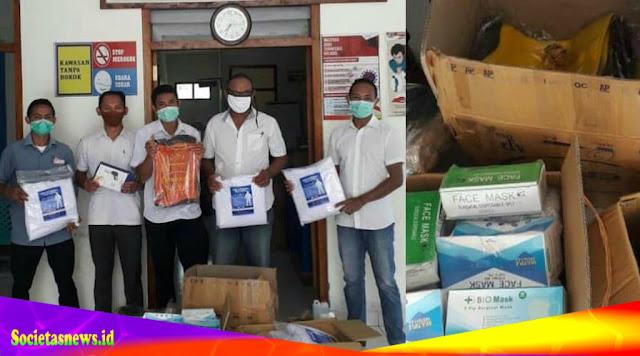 Keluarga Besar Lembor Jakarta Memberi Sumbangan APD Untuk Masyarakat Lembor Selatan.