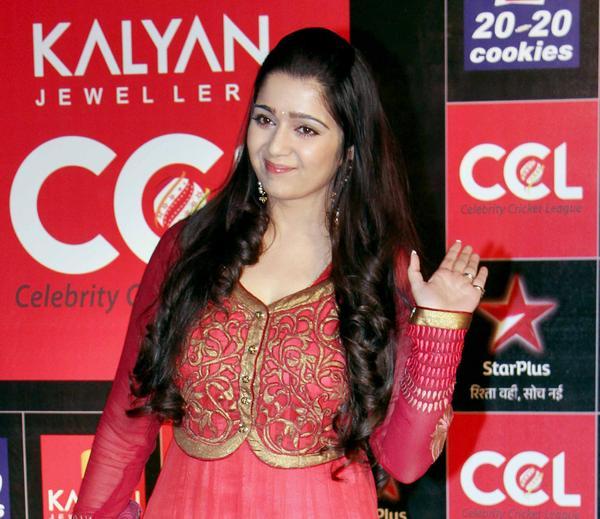 Hot actresses at ccl curtain raiser