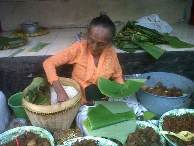 gudeg enak makanan khas yogyakarta