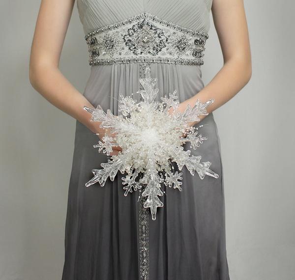 Christmas Wedding Bouquet Ideas: Things Festive Weddings & Events