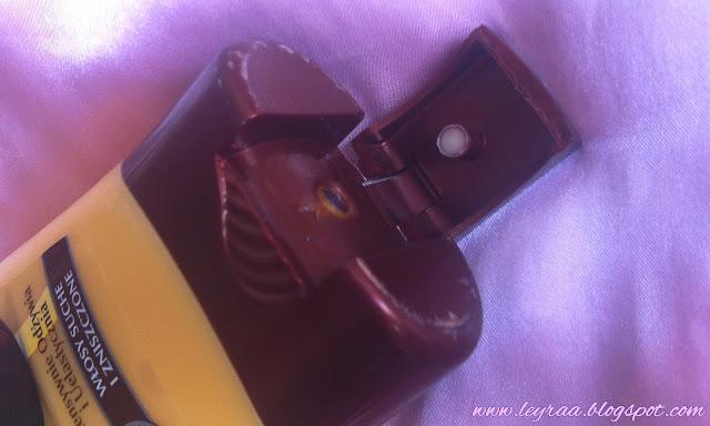 Garnier Ultra Doux Odżywka do włosów suchych i zniszczonych `Awokado i masło karité`