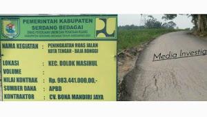 Proyek Jalan Aspal Hotmix Desa Kota Tengah di Duga Dikerjakan Asal Jadi
