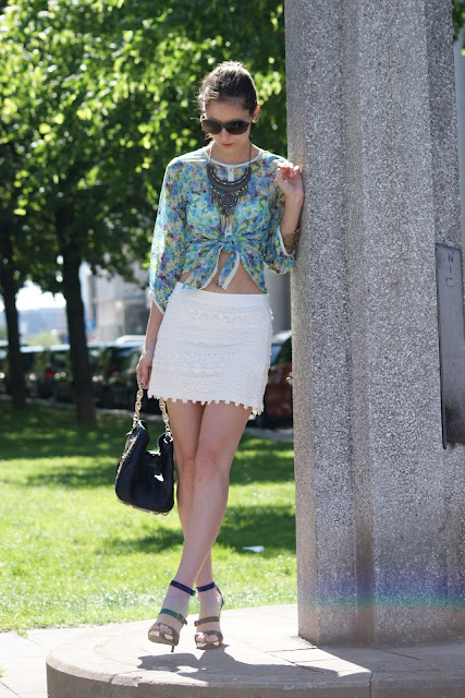 1c7d471dbdc0 Sunny afternoon - F21 zig-zag color shorts