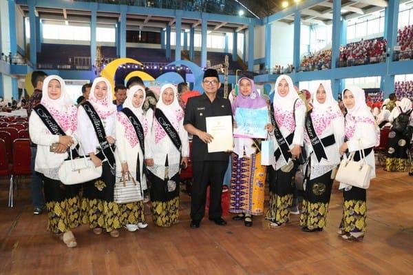 Wabup Sukabumi Hadiri Wisudawati SEKOPER CINTA Angkatan 1 Tahun 2019