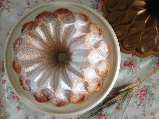 bundt cake queso crema