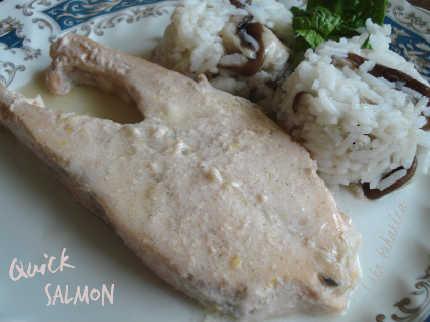 Quick salmon by Laka kuharica: tender salmon fillets in creamy and aromatic sauce.