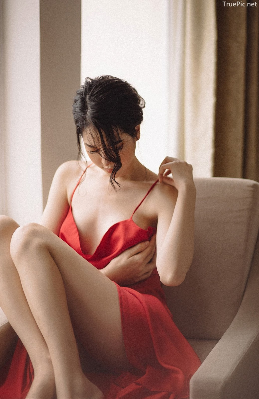 Vietnamese hot model - The beauty of Women with Red Camisole Dress - Photo by Linh Phan - Picture 7