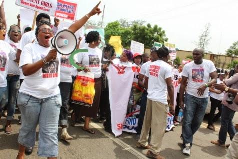 10 Femi Kuti, Jide Kosoko, Odumakin join women protesters in Lagos