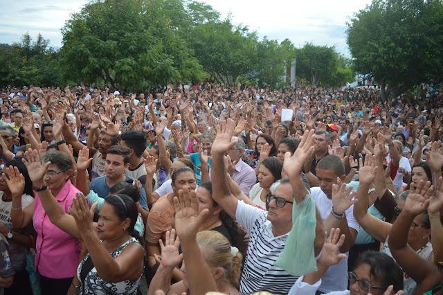 FREI DAMIÃO: Missa com os Romeiros acontece nesse sábado no Cruzeiro de Frei Damião