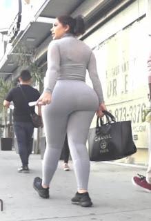 Señora sabrosa ropa pegada cola grande redonda