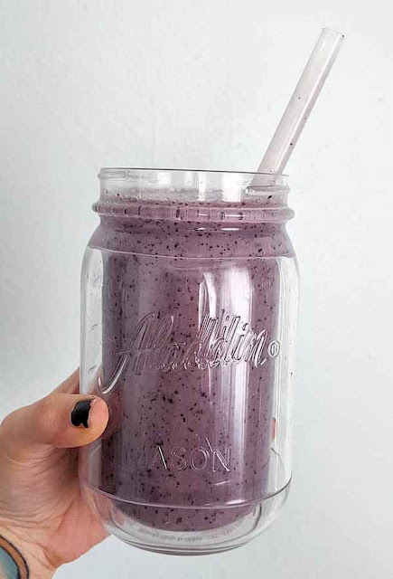 Blueberry, pineapple mint smoothie
