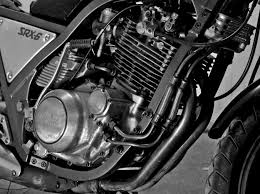 Oil cooled engine autocurious