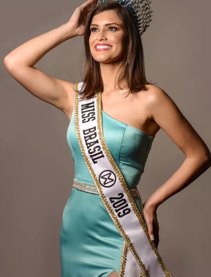 Elis Miele do espirito santo vence o miss brasil mundo 2019