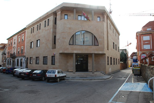 Patrimonio popular benavente convento de san francisco for Juzgado de benavente