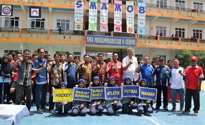 Ketua KONI Launching Hockey SMAM 8 Cerme Gresik