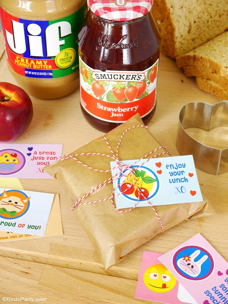 Back To School Free Printable Lunchbox Note Cards - download and print to add to your child's lunch box and make their day sweeter! by BirdsParty.com @birdsparty