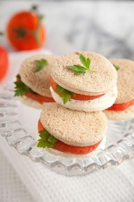 Decoração à Mesa: Mini sanduíche de pão de forma: blog Achados de Decoração