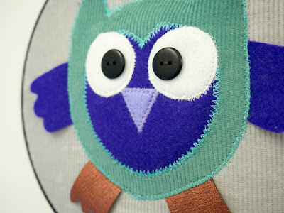 Owl in embroidery hoop by Welaughindoors