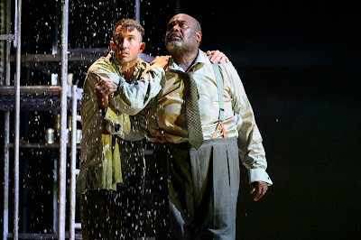 Weill: The Silver Lake -  David Webb, Ronald Samm - English Touring Opera (photo Richard Hubert Smith)