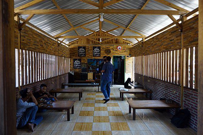 Area dalam kedai kopi, konsepnya sederhana