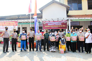 Giat Baksos Siswa Sespimti Dikreg 30 Tahun 2021 dibandarharjo Semarang, Sasar Warga Terdampak Covid-19