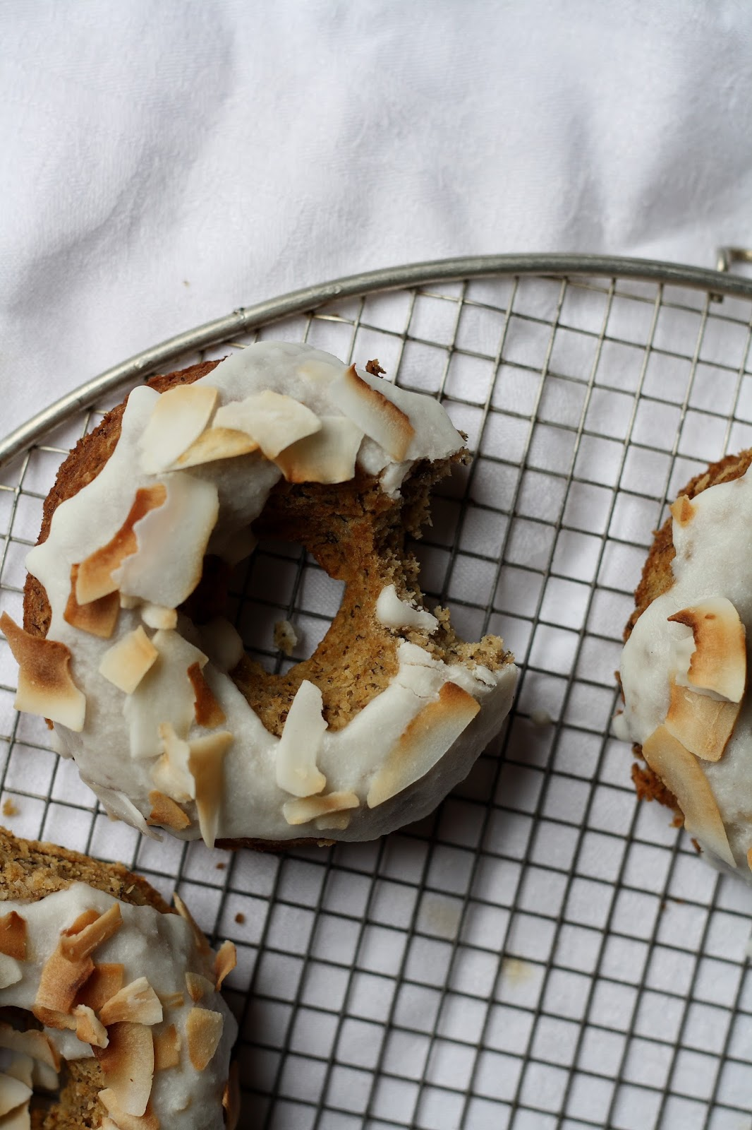 Eating fire / Rum coconut banana bread doughnuts | Oh, Almonds
