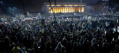 alkotmánybíróság, btk.-módosítás, Florin Iordache, Grindeanu-kormány, Klaus Iohannis, közkegyelem, Románia