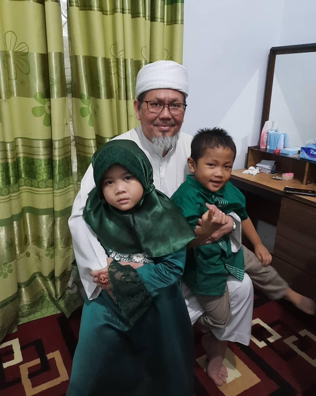 Ustaz Tengku: Wanita Tidak Tamat SMA Bandingkan Pancasila dengan Al-Qur'an
