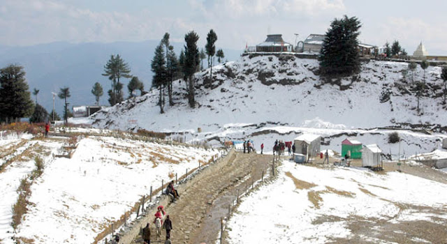Shimla best  ttraction - Kufri in winter