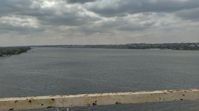 вид с Антоновского моста на Херсон